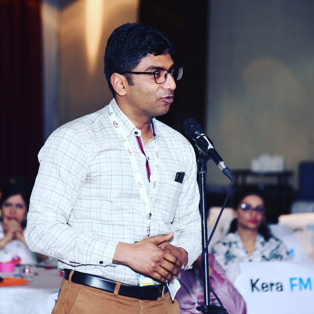 Dr Navdeep Goyal hair trasnplant clinic India.